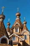 Alte orthodoxe hölzerne Kirche Lizenzfreie Stockbilder