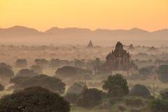 Alte Pagode in Bagan bei Sonnenaufgang, Myanmar Lizenzfreies Stockbild