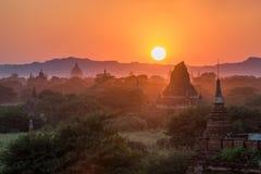 Alte Pagode in Bagan bei Sonnenuntergang, Myanmar Lizenzfreies Stockbild