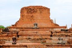 Alte Pagode und Buddha-Statue Lizenzfreies Stockbild
