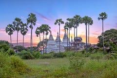 Alte Pagoden in der Landschaft von Bagan auf Myanmar Lizenzfreies Stockbild