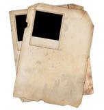 Alte Papiere mit Fotos Stockfoto
