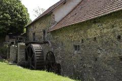 Alte Papiermühle in Frankreich Stockfotos