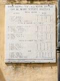 Alte Plakette des metrischen Systems in Campiglia Marittima, Toskana, Italien lizenzfreie stockfotografie