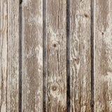 Alte Planken mit der Schale der weißen Farbe auf quadratischem Bild Stockfoto