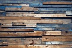 Alte Planken von verschiedenen Größen und von Farben lizenzfreies stockbild