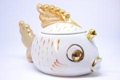 Alte Porzellanzuckerschüssel goldene Fische Lizenzfreie Stockfotos