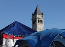 Alte Post und Zelte von besetzen Gleichstrom Stockfotografie