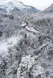 Alte precipitazioni nevose alpine nelle alpi francesi Fotografia Stock
