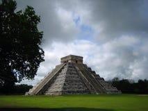 Alte Pyramide Lizenzfreie Stockfotografie