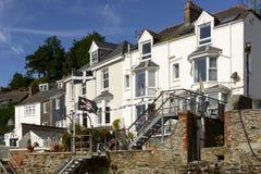 Alte Reihenhäuser bei Fowey, Cornwall Stockbilder