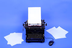 Alte Retro- Schreibmaschine Stockfotos