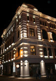 Alte Riga-Architektur nachts Lizenzfreie Stockbilder