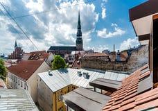 Alte Riga-Dachspitzen Stockfotos