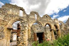 Alte riuns nähern sich Canterbury-Kathedrale lizenzfreies stockbild