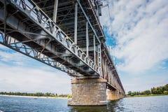 Alte rostige Brücke Stockfotografie