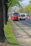 Alte rote Tram auf dem Wien-Ring Stockfotos