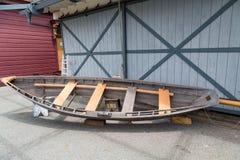 Alte Ruderboot-Reparaturen Stockfotografie