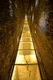 Alte Ruine der römischen Brücke von Pondel, Aosta, Italien Lizenzfreie Stockfotografie