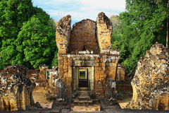 Alte Ruine in Kambodscha Angkor Wat sehen-durch Stockbild