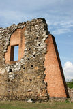Alte Ruine mischte mit neuen Ziegelsteinen, Panama City Lizenzfreie Stockbilder
