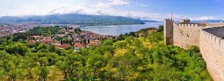 Alte Ruinen des Schlosses in Ohrid, Mazedonien Stockfotografie