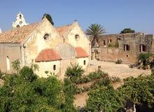 Alte Ruinen einer Kirche in Griechenland lizenzfreie stockbilder