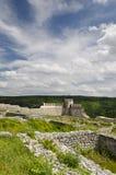 Alte Ruinen einer mittelalterlichen Festung nah an der Stadt von Shumen stockbild