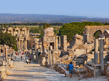 Alte Ruinen in Ephesus die Türkei Stockfotos
