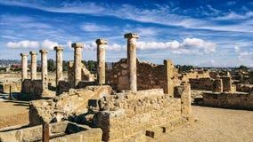 Alte Ruinen nähern sich Pathose stockfoto