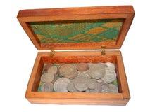 Alte russische Silbermünzen in einem Kasten Lizenzfreies Stockfoto