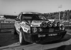 Alte Sammlung Rennwagens 1984 FIAT RITMOS ABARTH 130 DIE LEGENDE 2017 das berühmte historische Merinorennen SANS Stockbild