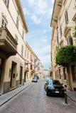 Alte schöne nette Straße in Parma Italien Lizenzfreie Stockbilder