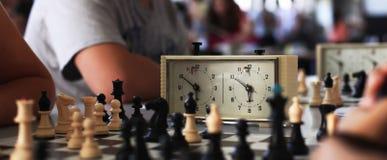 Alte Schachborduhr Stockfotografie