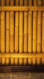 Alte schmutzige Bambushintergrundwand von der wirklichen Natur Stockfotos