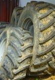 Alte schmutzige Reifen stockfotografie