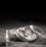 Alte Schuhe Lizenzfreie Stockfotos