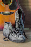 Alte Schuhe der Weinlese Stockbild