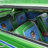 Alte Schulgrün-Autositze im Oldtimer am Autozeigung in Oregon-Stadt stockbilder
