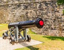 Alte schwarze Eisen-Kanone Lizenzfreies Stockbild