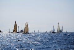 Alte Segelnboote in den Imperia Stockbild