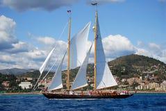 Alte Segelnboote in den Imperia Stockfotos