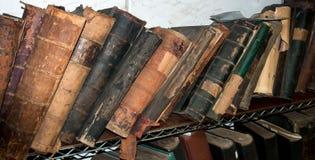 Alte seltene Bücher Stockbilder