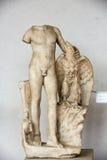 Alte Skulptur des Mannes in den Bädern von Diocletian (Thermae Diocletiani) in Rom Stockbilder