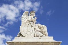 Alte Skulptur in Tuileries-Garten Lizenzfreie Stockbilder