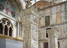 Alte Spalten nahe der Basilika di San Marco in Venedig Lizenzfreie Stockbilder