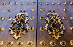 Alte spanische Tür Lizenzfreies Stockbild