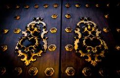 Alte spanische Tür Stockfotos