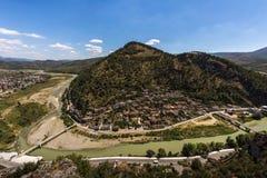 Alte Stadt Berat umgeben durch eine Flussschleife von Osumit-Fluss, Mangalem-Bezirk, Albanien, Balkan Lizenzfreie Stockfotos