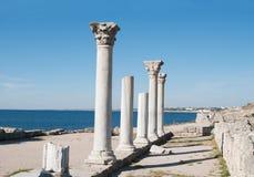 Alte Stadt Chersonese, Spalten der Basilika VI-X c , Krim Stockfotografie